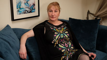 EmmaHeaven | www.livevirt.com | Livevirt image3