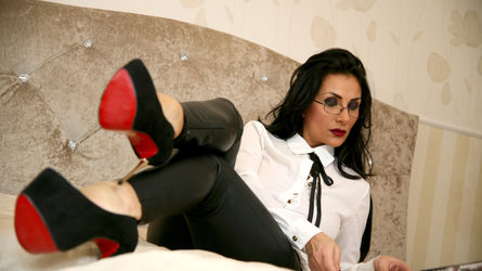 lovelycelia1 | www.chatsexocam.com | Chatsexocam image10