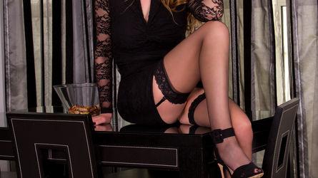 julyblondy   www.livesex.com   Livesex image10