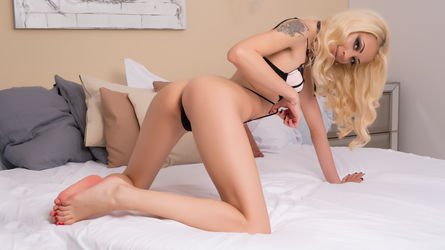 VeroniqueVales | www.webcam-porn.co.uk | Webcam-porn Co image32