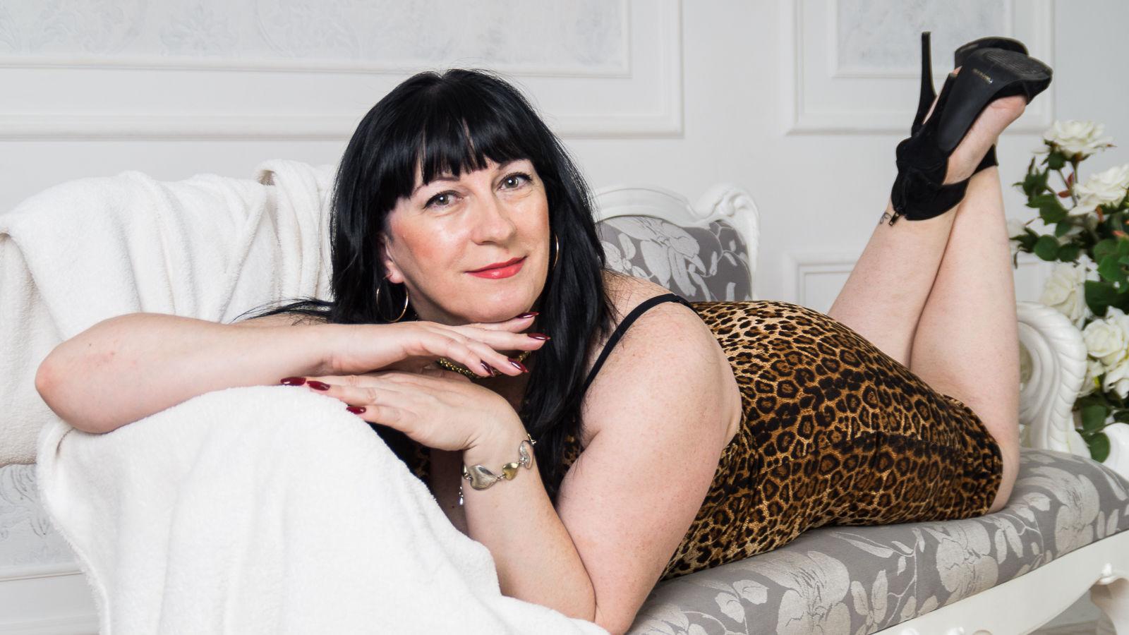 Порно яркий сладострастный секс с мамочками в hd