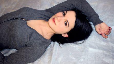 NicoleBett