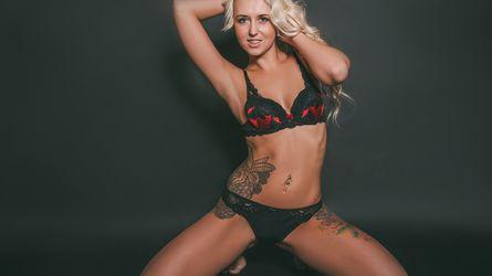 BlondHotty